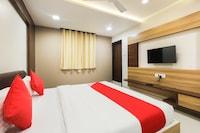 OYO 43622 Hotel D9