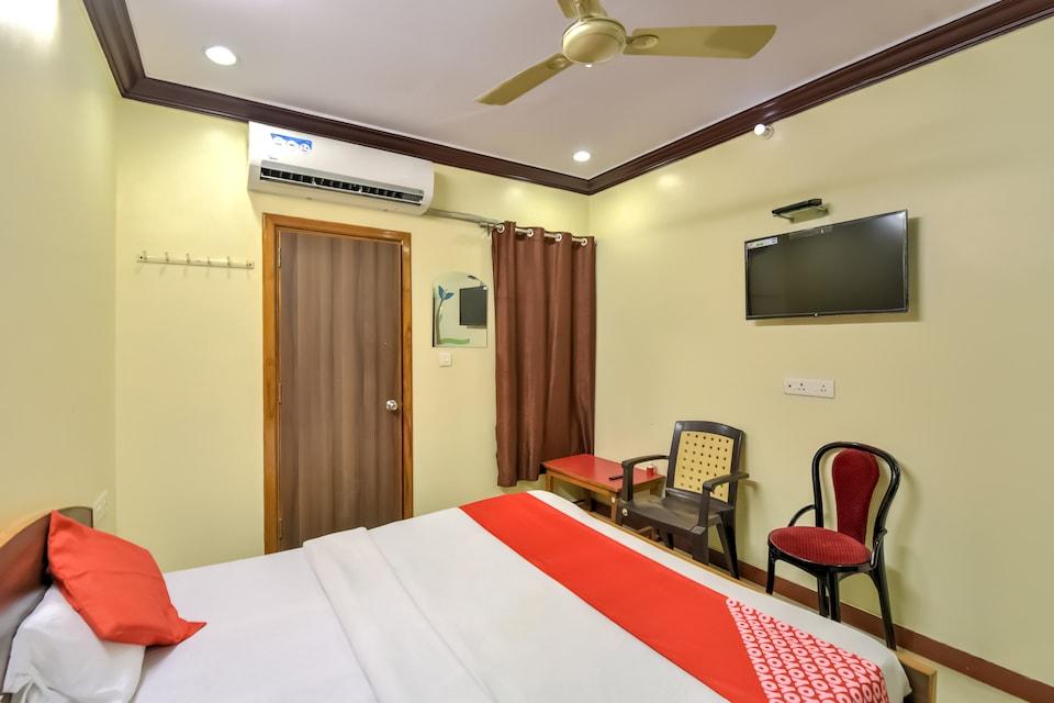 OYO 43641 Hotel Shubham Palace