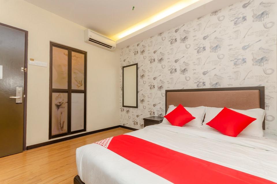 OYO 1214 Oro Hotel