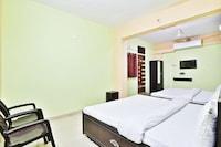 SPOT ON 43698 Krishna Rooms SPOT