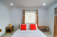 OYO 43837 Bl Residency
