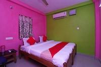 OYO 43844 Radhekanta Lodge