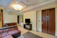 OYO Home Luxe 43918 Lavish Stay Near Grand Hyatt