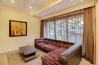OYO Home 43918 Elegant Stay Near Grand Hyatt