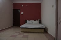 SPOT ON 43929 Hotel Royal Pingara SPOT