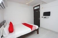 OYO 43945 Hotel Stay Inn Guest House