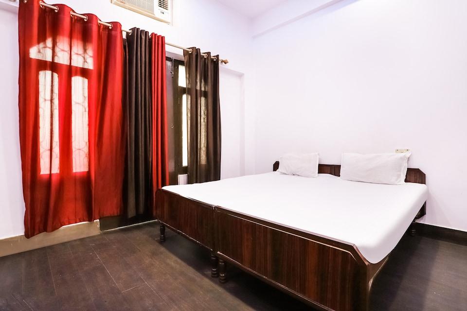 SPOT ON 43954 Hotel Gangotri