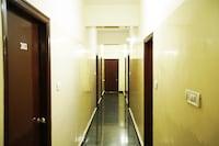 SPOT ON 43957 Shree Sai Residency SPOT