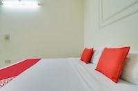 OYO 43962 Hotel Akash Ganga  Deluxe