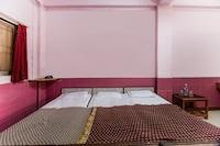 SPOT ON 43969 Rajendra Lodge SPOT