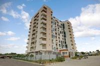 OYO 43979 Hotel Urbanite