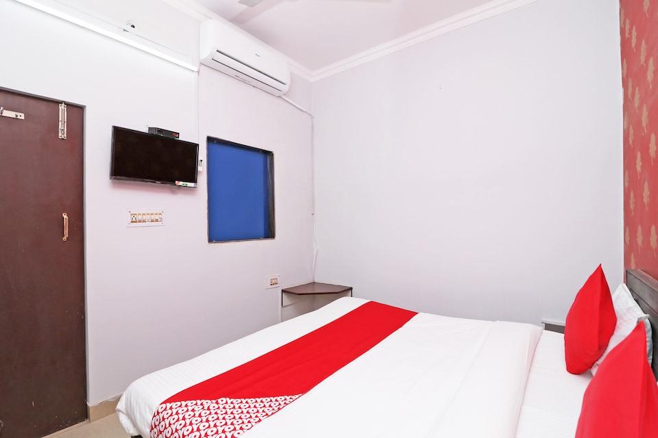 OYO 43997 Hotel Aashiyanaa Palace