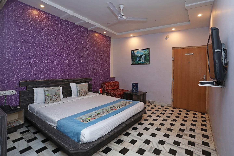 OYO 3950 Hotel Hayat Rabbani Room-1