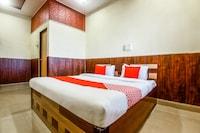 OYO 44010 Ananda Inn