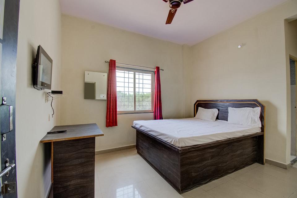 SPOT ON 44044 Hotel New Nilima, Alibag, Alibag
