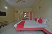 OYO 44057 Hotel Shahi Palace