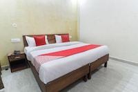 OYO 44068 Hotel Dev Raj