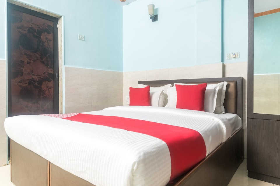 OYO 44090 Hotel Classic Residency