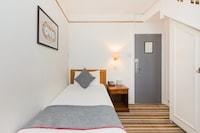 OYO Stade Court Hotel