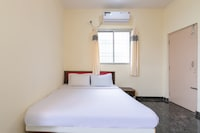 SPOT ON 44173 Madhura Residency SPOT