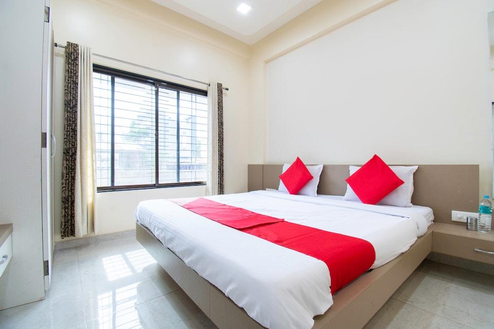 OYO 44187 Hotel Hari Vitthala Palace