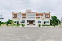 OYO 44210 Hotel Royal Palace
