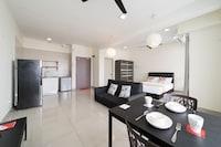 OYO Home 11335 Vibrant Studio Flexis One South