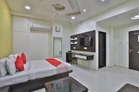 OYO 44233 Motel Plaza Deluxe