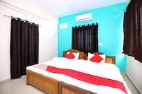 OYO 44239 Hotel Sai Bajrang