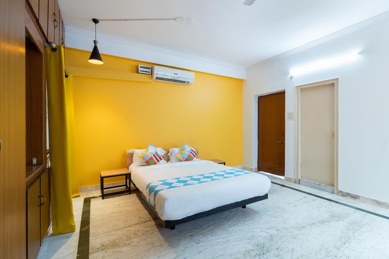 OYO Home 44240 Premium Stay Banjara Hills -1