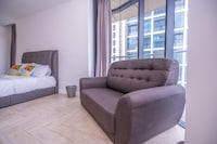 OYO Home 11331 Splendid 1br Empire City Marriot