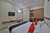 Capital O 44249 Hotel Kavery Mansingh Inn