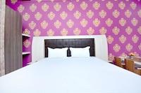SPOT ON 44261 Hotel Pink's Plaza SPOT