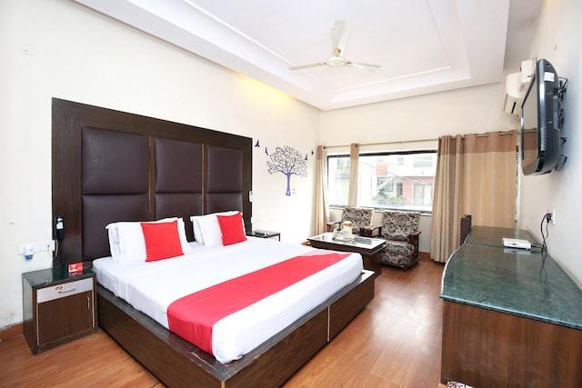 OYO 3972 Hotel Amar