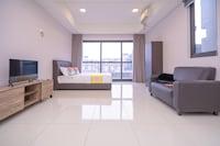 OYO Home 11336 Cozy 1br Icon City