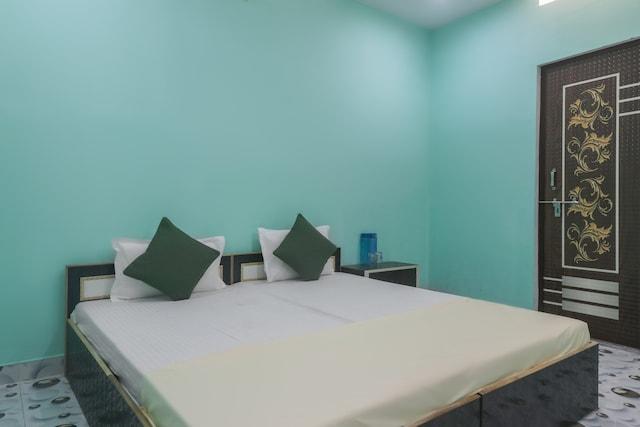 SPOT ON 44295 Sarnath Tourist Guest House SPOT