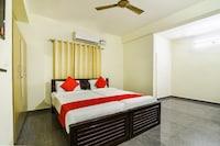 OYO 44301 Sai Sadhan Residency Deluxe