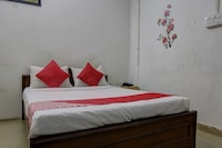OYO 44306 Kanish Home Stay