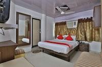 OYO 44310 Maninagar Residency