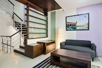 OYO Home 44325 Alluring Stay Haksons Villas