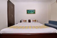 OYO Home 44325 Alluring Stay Hyderabad Central Mall