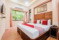 OYO 44359 Hotel Subhash Saver