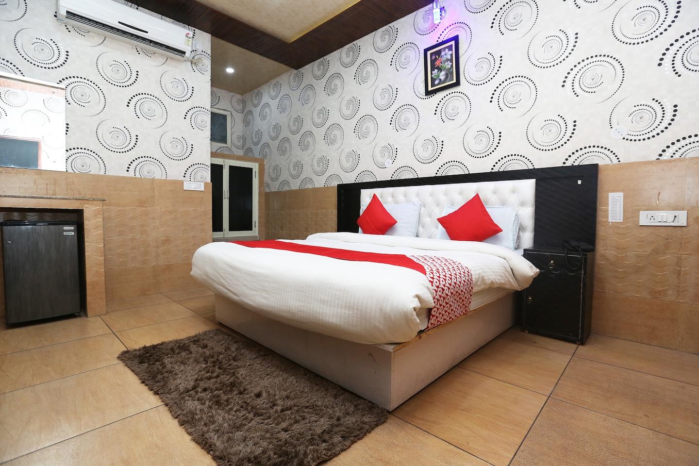 OYO 44362 Hotel Bandhan Inn -1