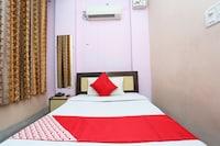 OYO 44401 Hotel Raj Saver