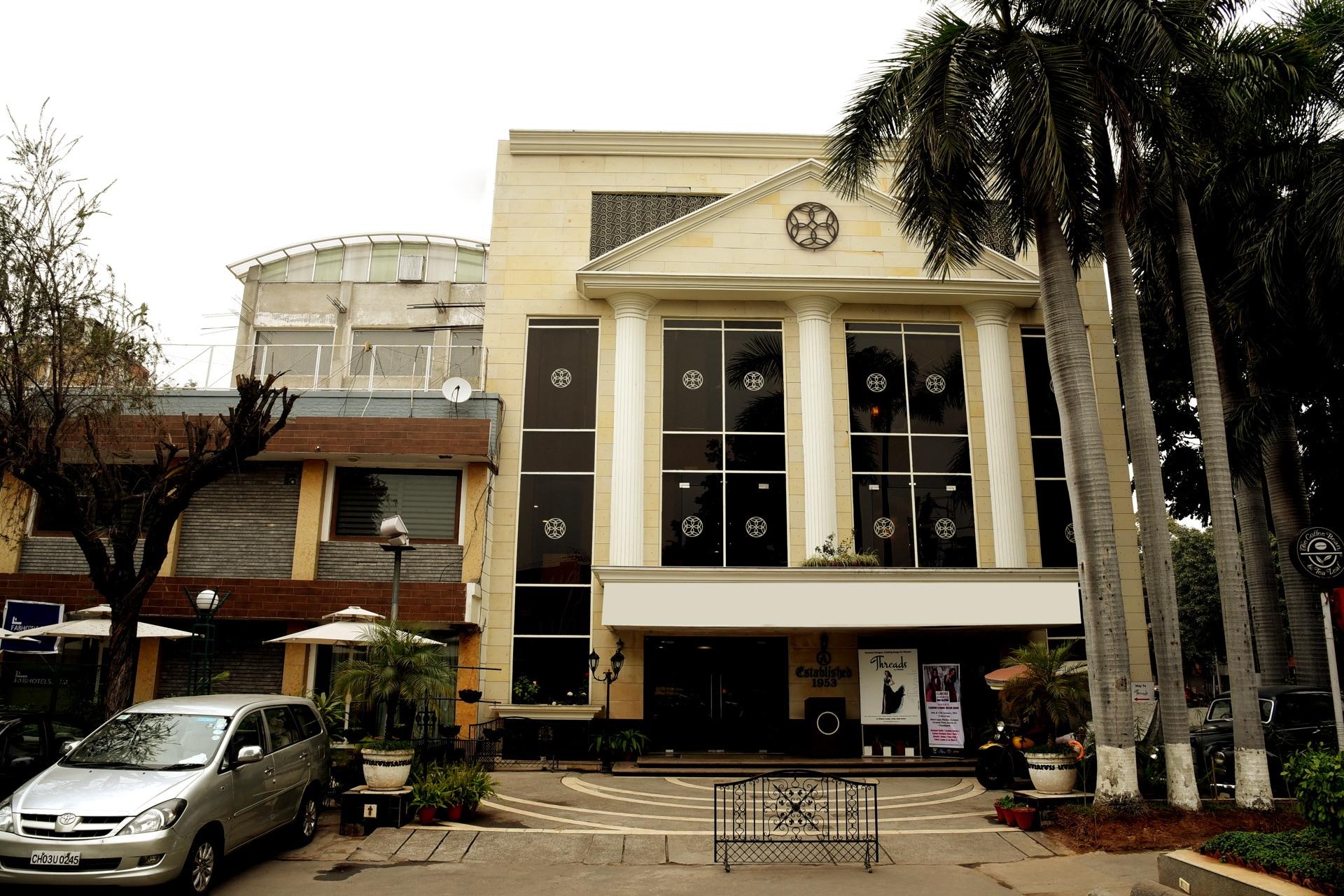OYO 14748 Hotel Green view Chandigarh India