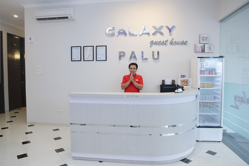 OYO 1100 Galaxy Guesthouse