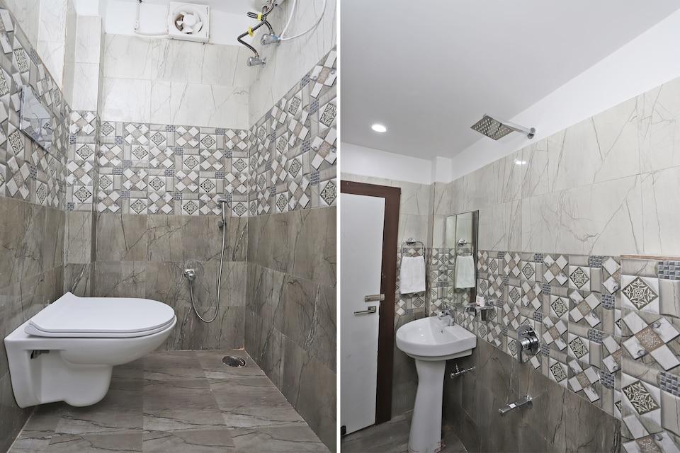 OYO 44565 Ashrit Suites, City Centre, Gwalior