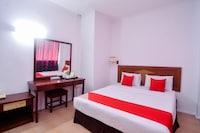 OYO 11342 Liwah Hotel