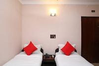OYO 44586 Hotel Himalay Deluxe