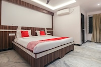 OYO 44602 Hotel Velan International